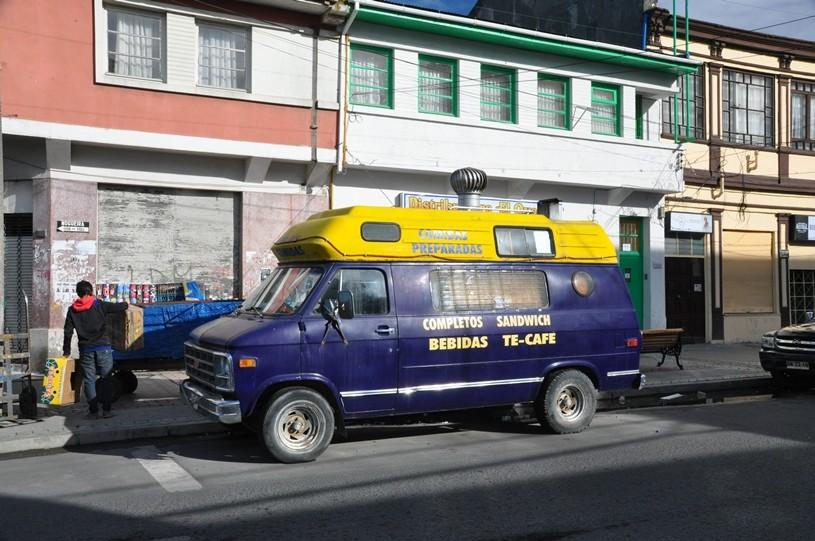 Alter Chevy als Verkaufsmobil