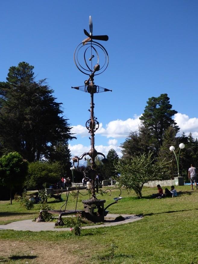 Kunstwerk im Park