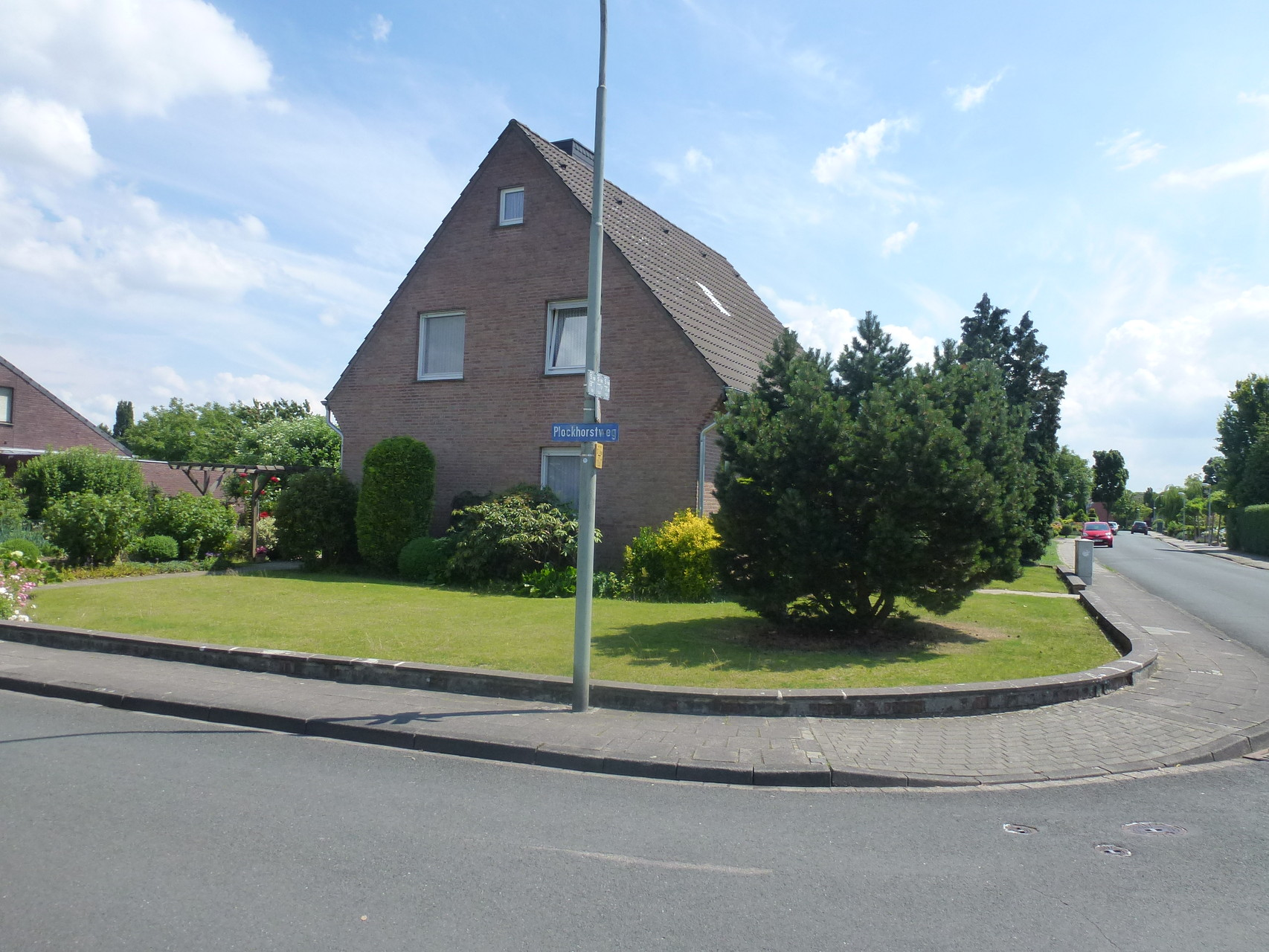 links Plockhorstweg