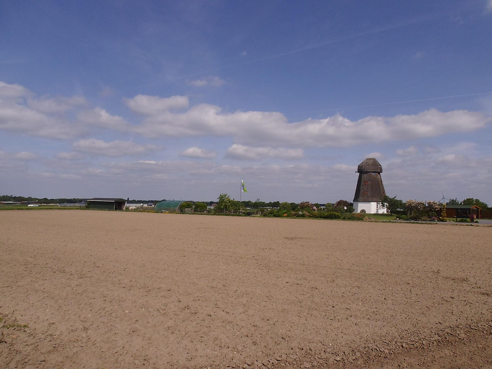 hinter der Mühle 2. rechts Argo Route verlassen