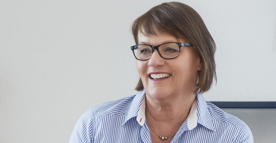 Frau Dr. Knippenberg-Gossler