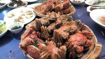 上海蟹うまかったです。オスとメス食べました。
