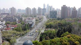 今日は上海天気がいい。 華山路×平武路。