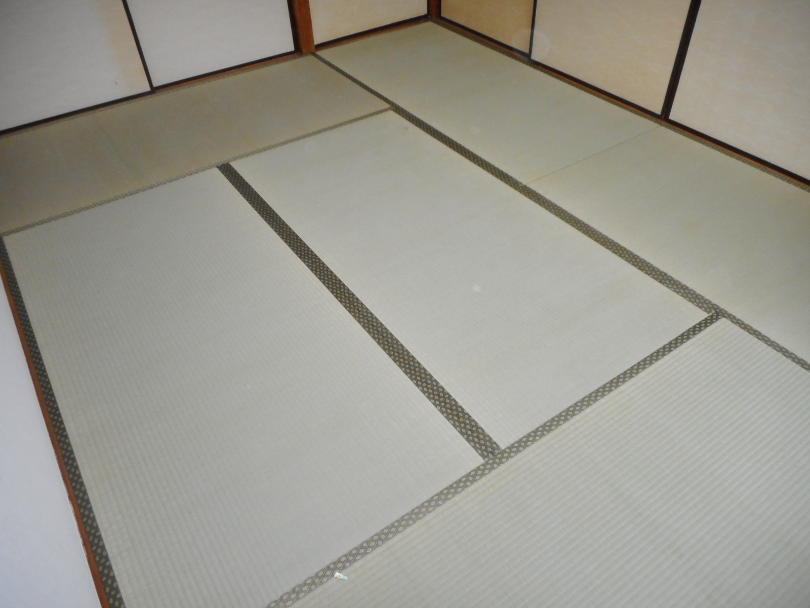 日野市F様、上級おもてで新畳の施工写真