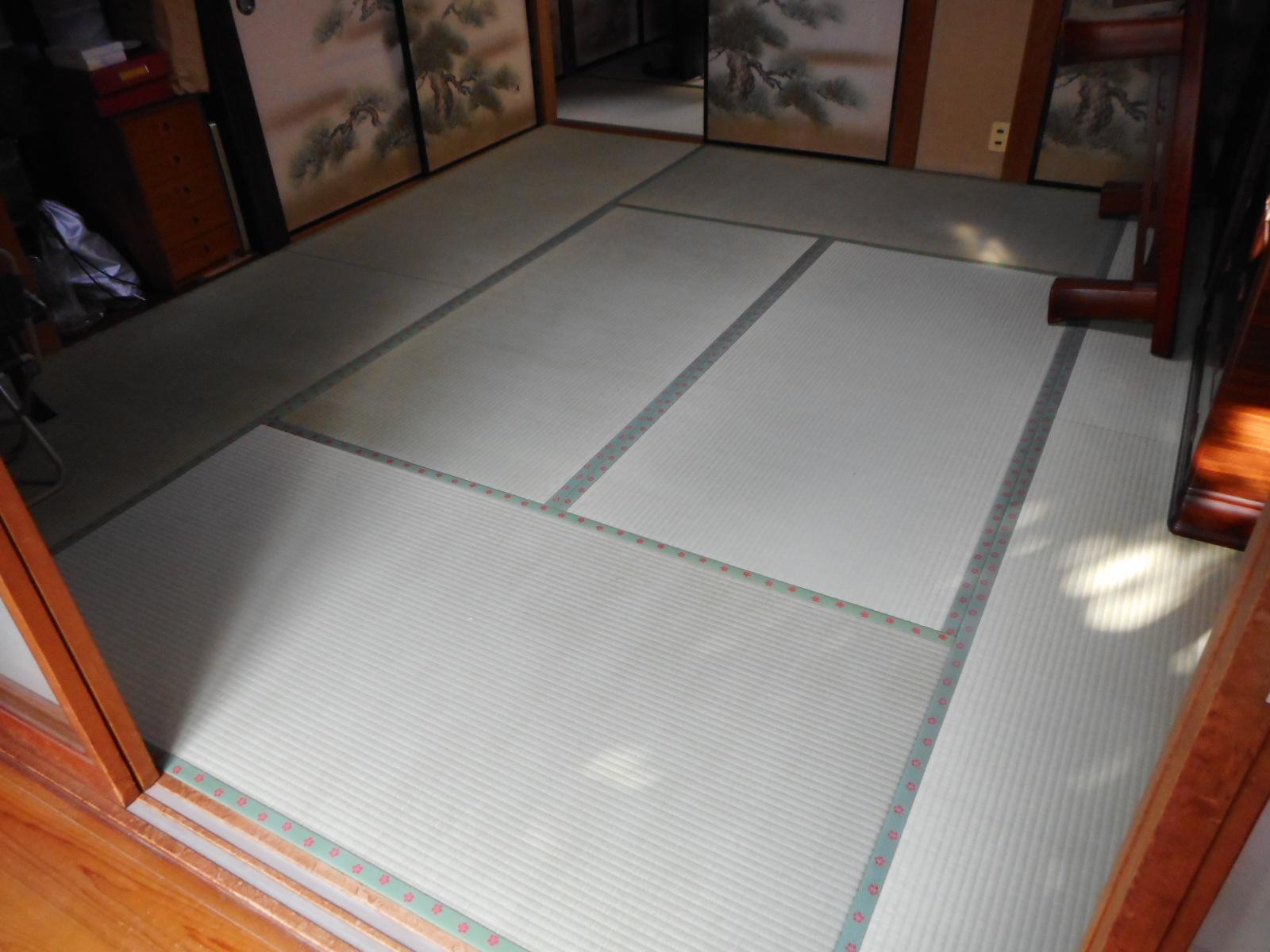 日野市M様かわいい紅梅のモチーフの畳縁で明るいお部屋に。