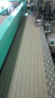 畳を縫う機械「返し専用機」 センサー搭載で仕上げが早いです