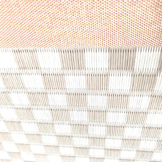 桜色の畳 ビニール畳セキスイ美草の施工