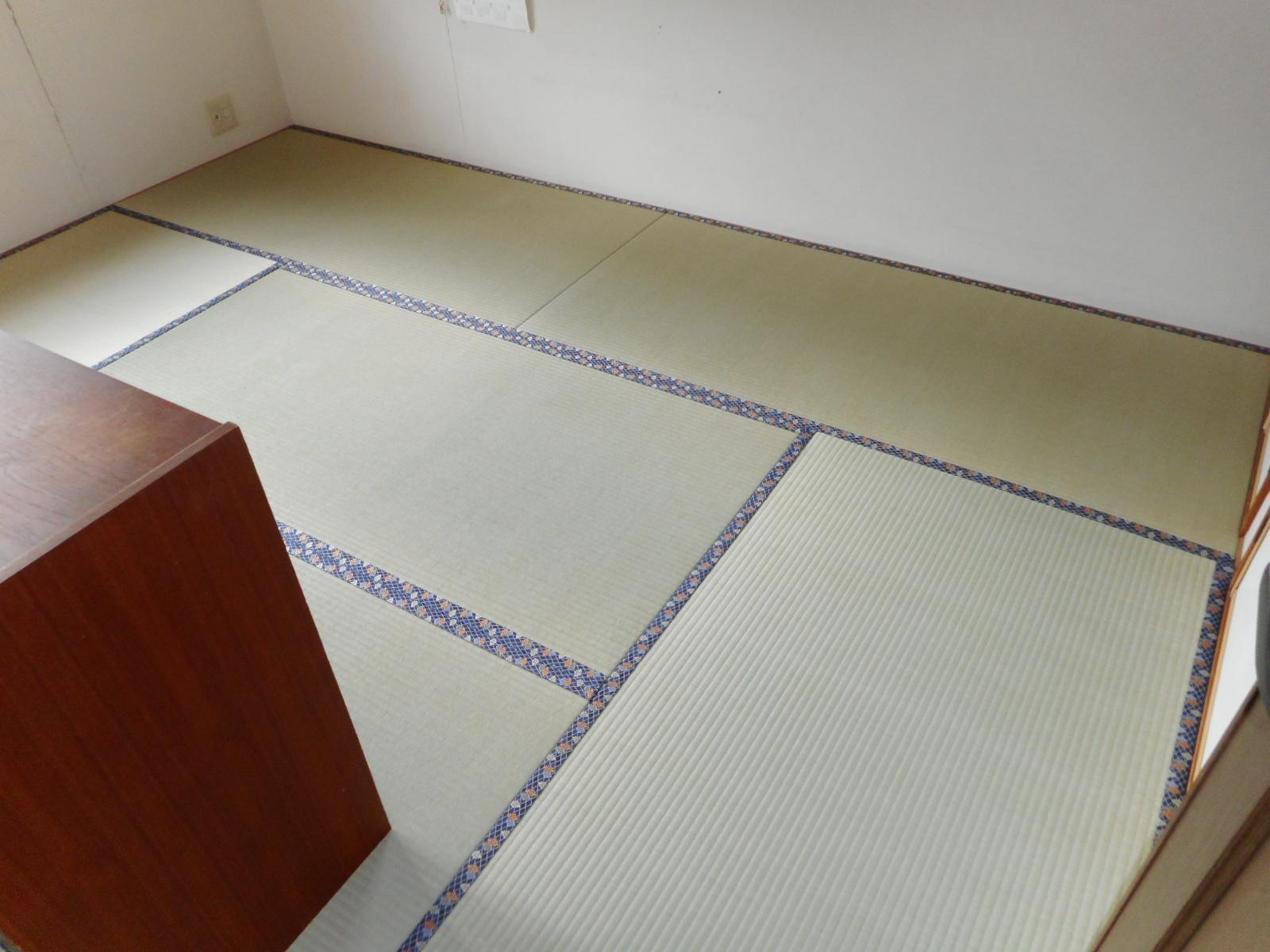 立川市K様、特上畳で床から新しくなさった施工写真です