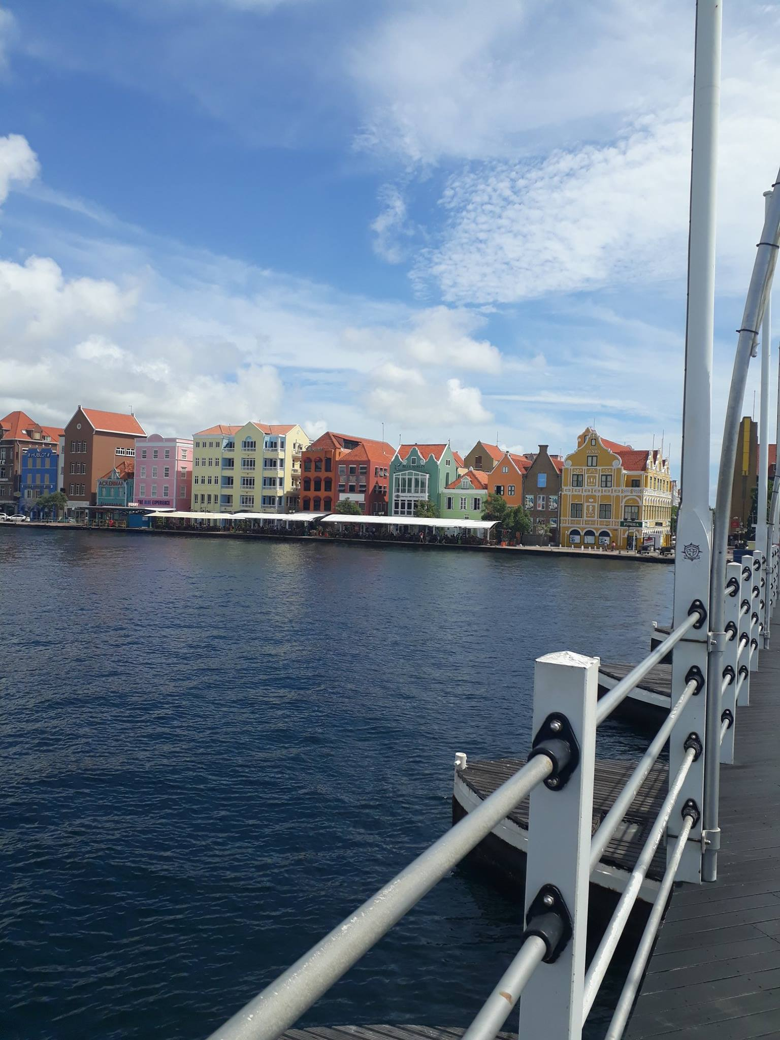 @Curaçao