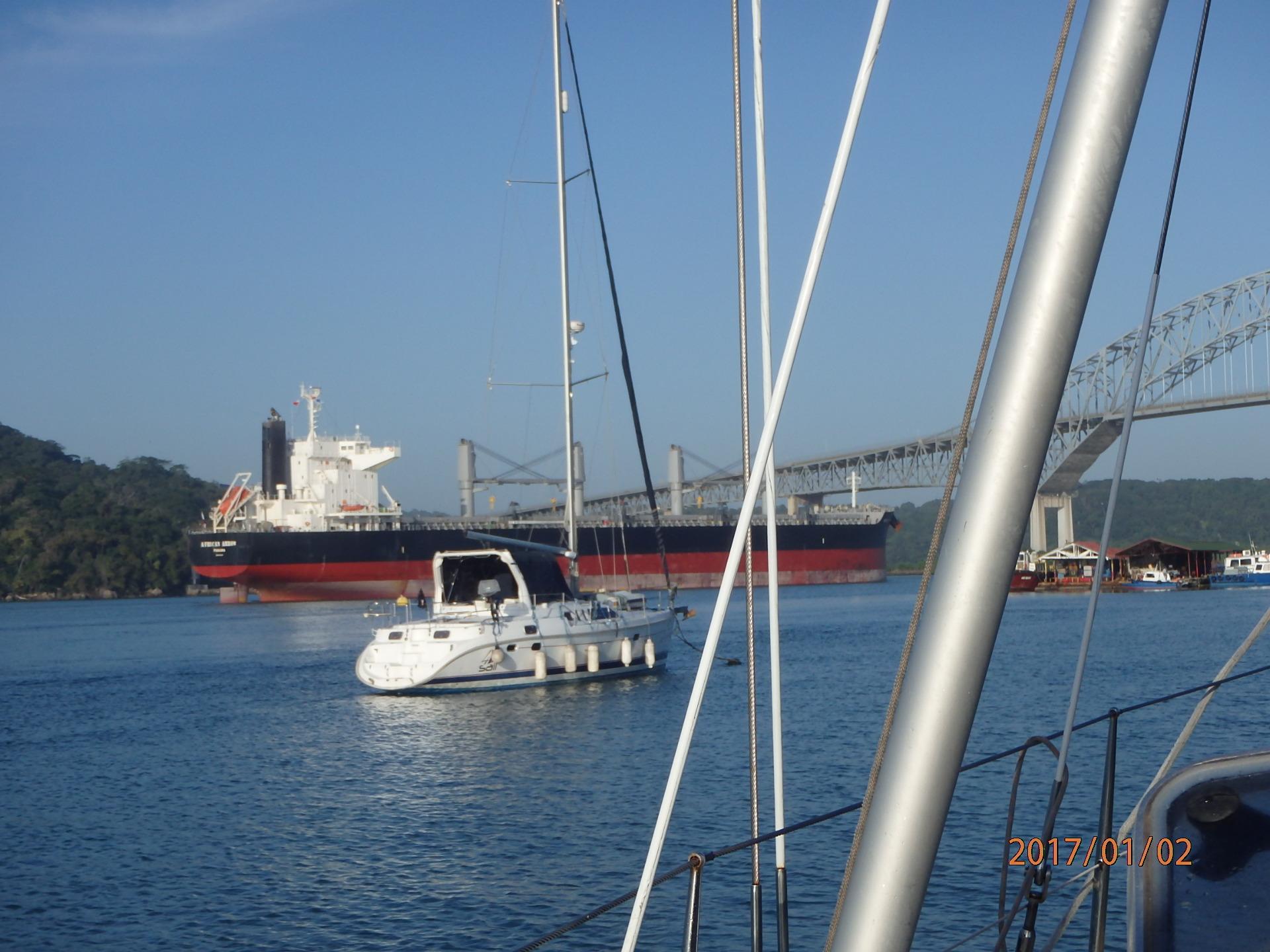 Ansteuerung Einfahrt Panamakanal von W  nach E