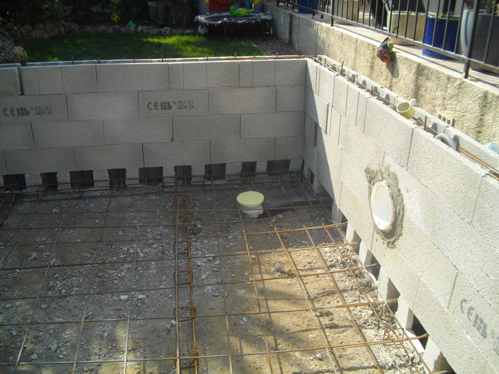 Constructeur de piscines et spas 0660978914 piscine kachou for Construction piscine 91