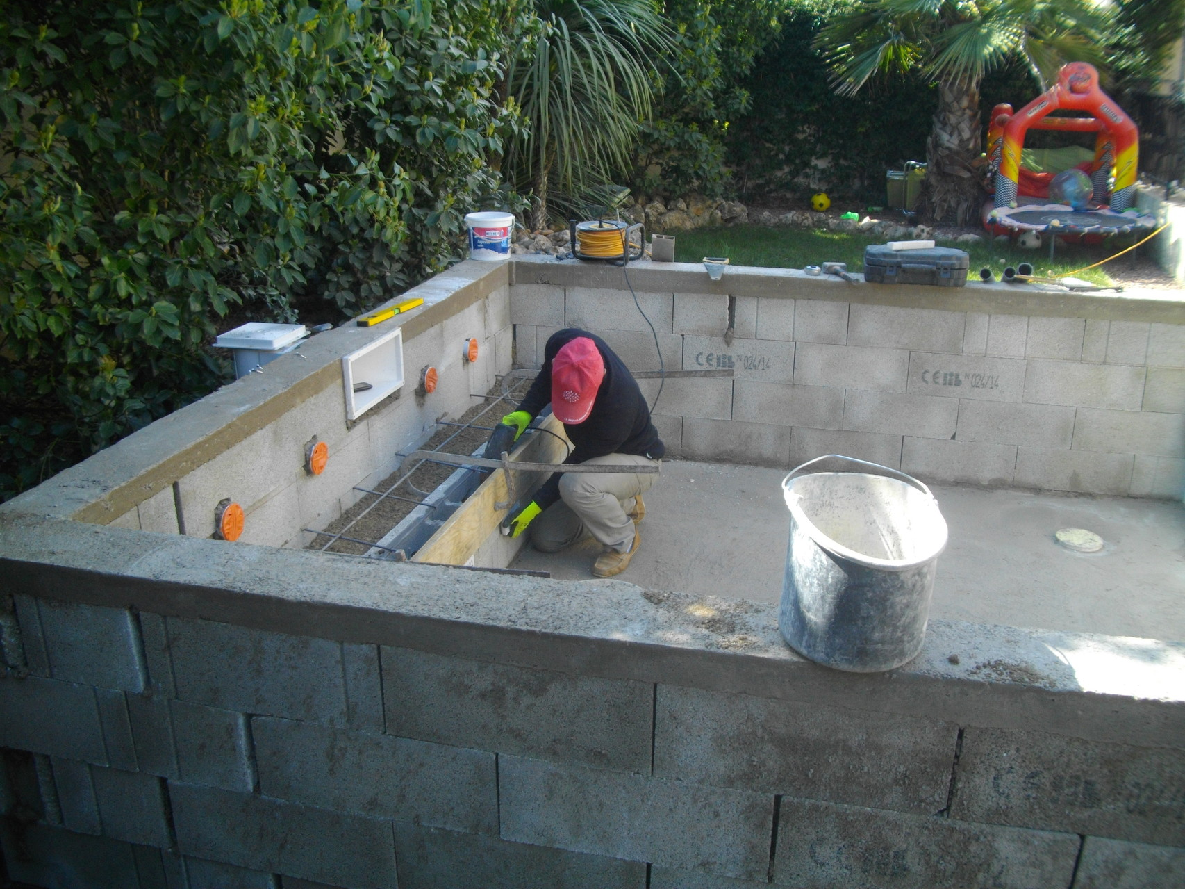 Constructeur de piscines et spas 0660978914 piscine kachou for Construction piscine 76