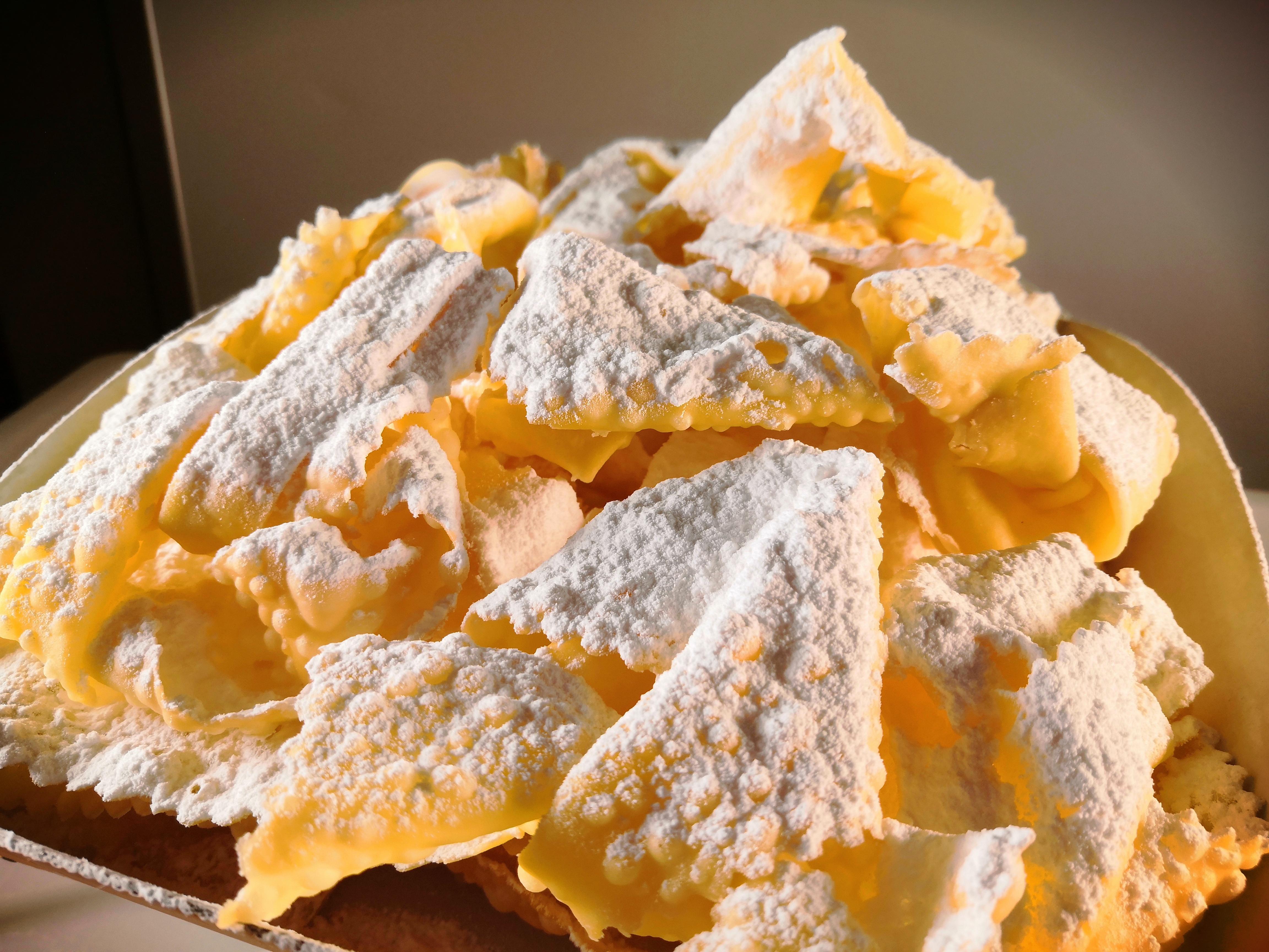 Tortellini bolognesi artigianali