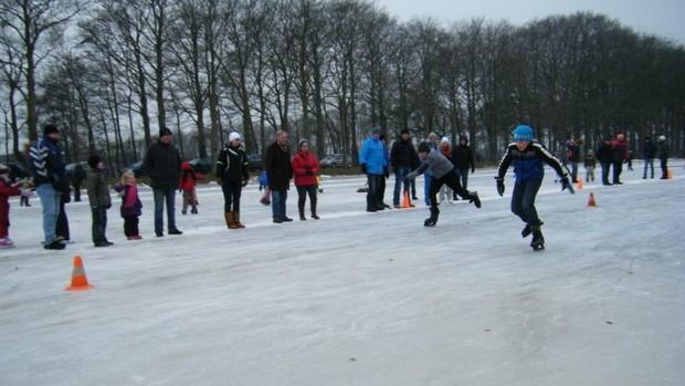 """Kurzstreckenwettkampf """"Kortebaanwedstrijd"""" in den Niederlanden"""
