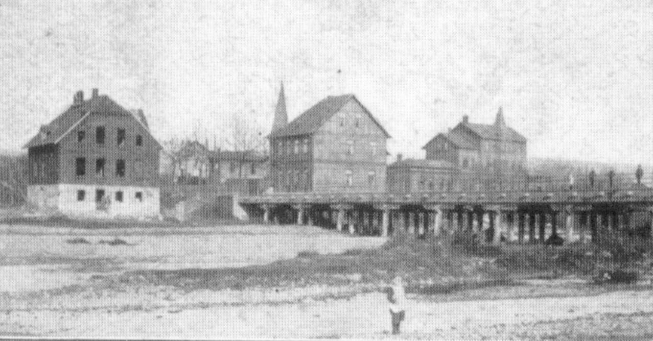 1903  - links ist das Haus Schülbe im Rohbau