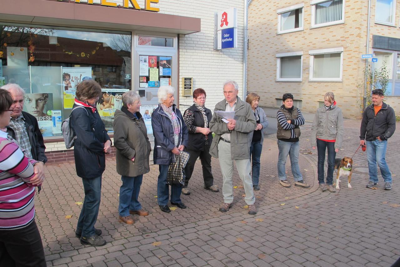 Dieter Greunig und Willi Waßmann begrüßen 31 Teilnehmer auf dem Anger
