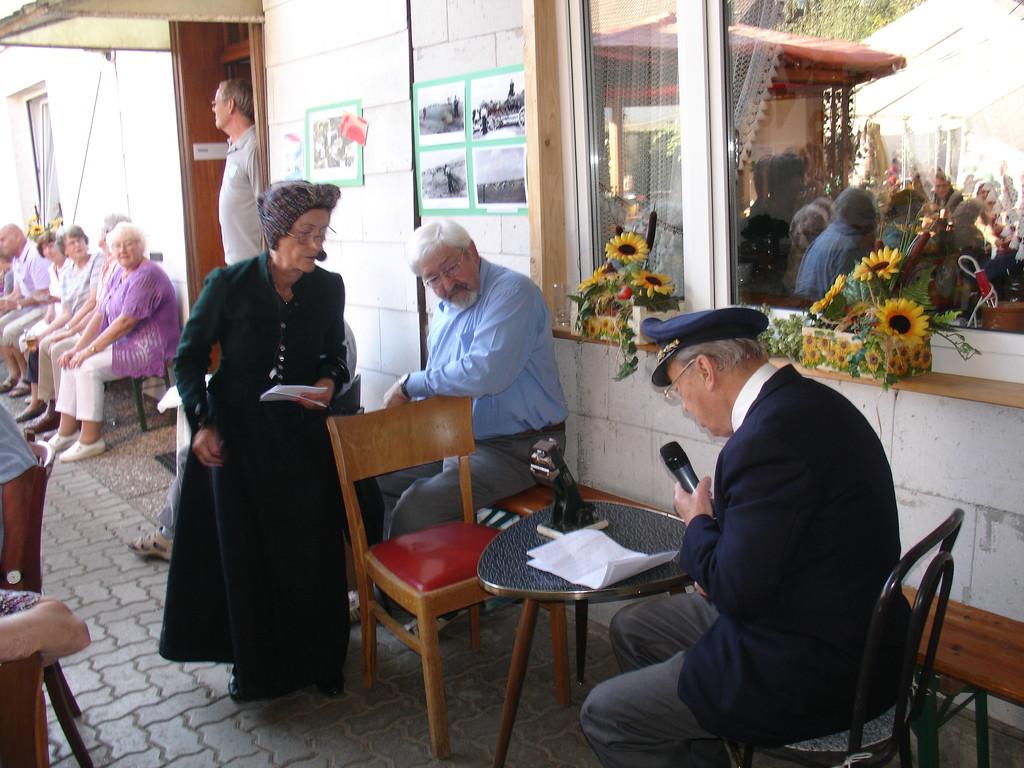 Elvira Schaper und Günther Mönnich bei ihrem Sketch