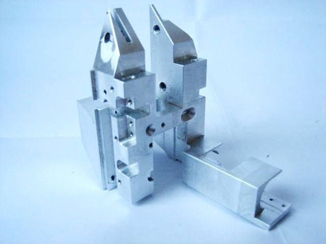 5 - Achsen Frästeil, gefertigt für den Maschinebau / Chipherstellung