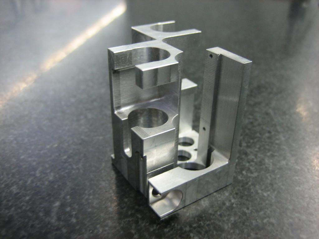 dünnwandiges Aluminium Frästeil