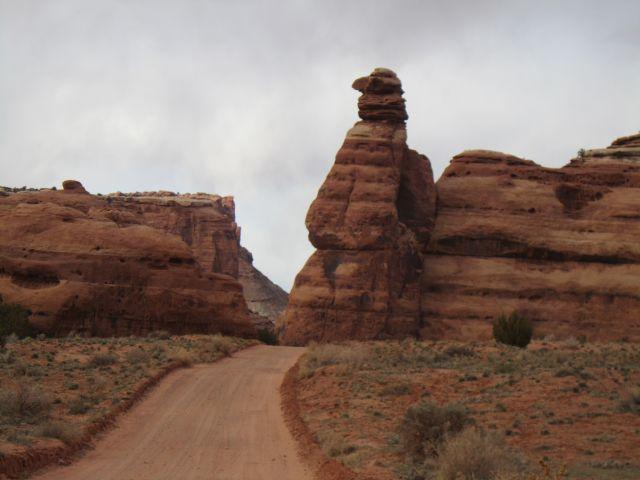Gooney Rock auf dem Weg zum Highway 191