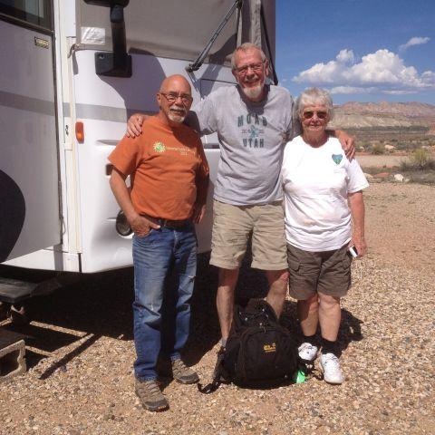 Alljährliches Treffen mit Nancy und Jerry Langer von der Paria Contact Station