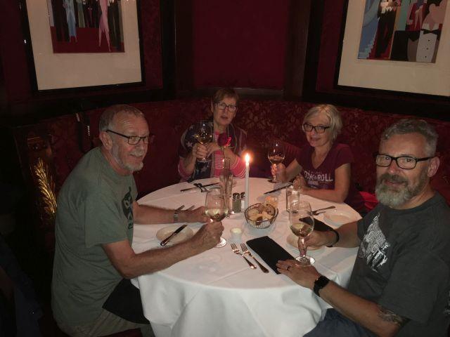 Club A Steakhouse können wir empfehlen!