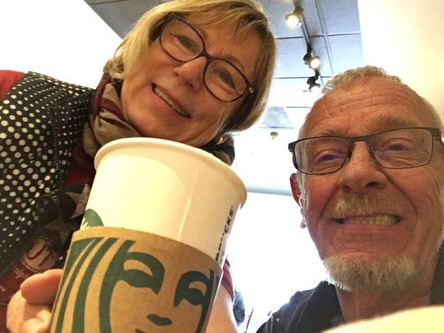 Erster Besuch bei Starbucks