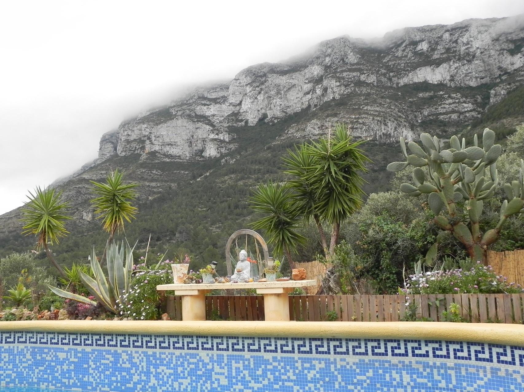 Blick zum Berg Montgo