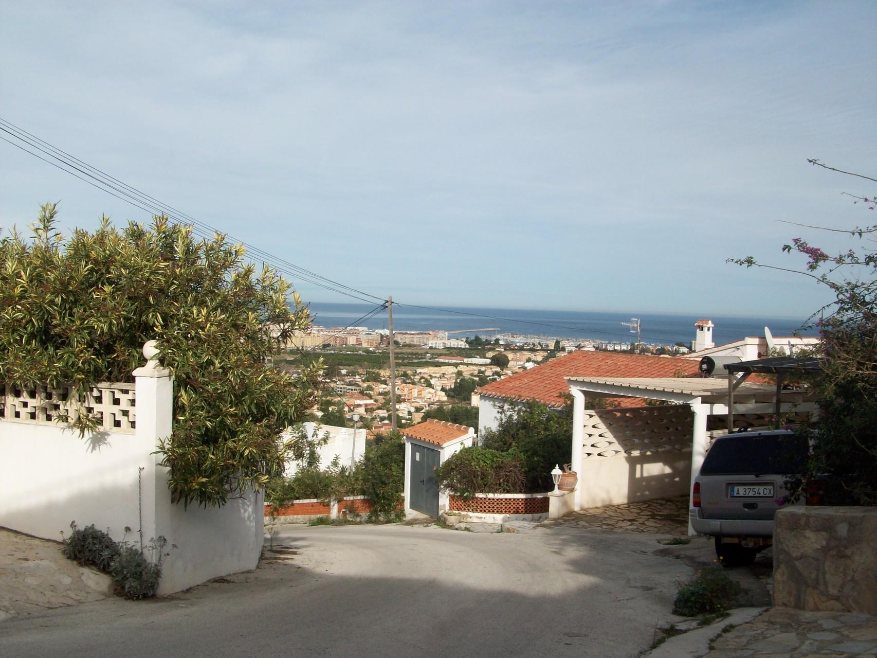 Blick zum Meer vom anderen Fenster der Ferienwohnung