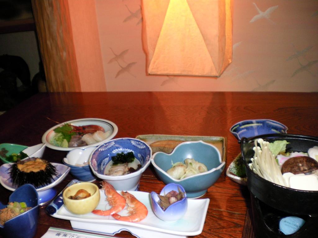 坪田旅館 旬のものが並ぶ料理