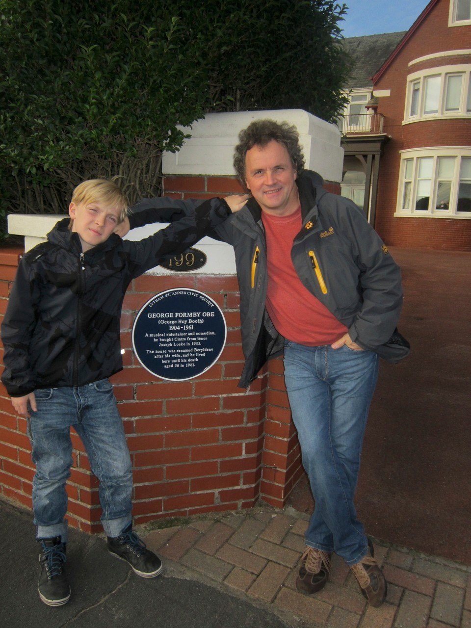 vor George Formbey´s Haus in Blackpool