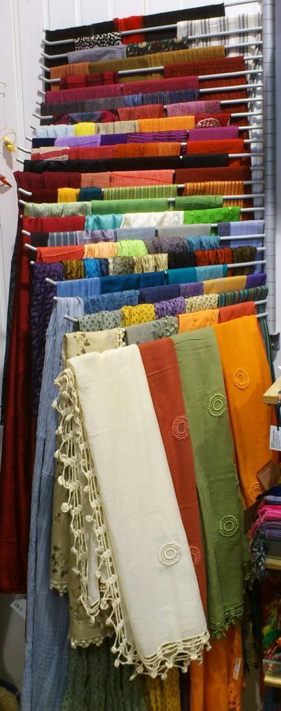 Seidenschals von craft link/Vietnam
