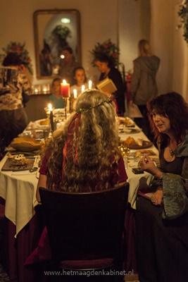 Kasteel Heeswijk  boekpresentatie  www.vrouwenbestempeld.com   www.ellenevabrouwers.com  Ellen Brouwers
