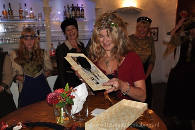 Kasteel Heeswijk Vrouwen Bestempeld www.hetmaagdenkabinet.nl Ellen Brouwers