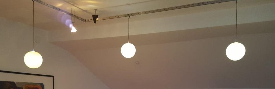 Porzellan Kugel Lampe fertig montiert © Foto vom Kunden 2019