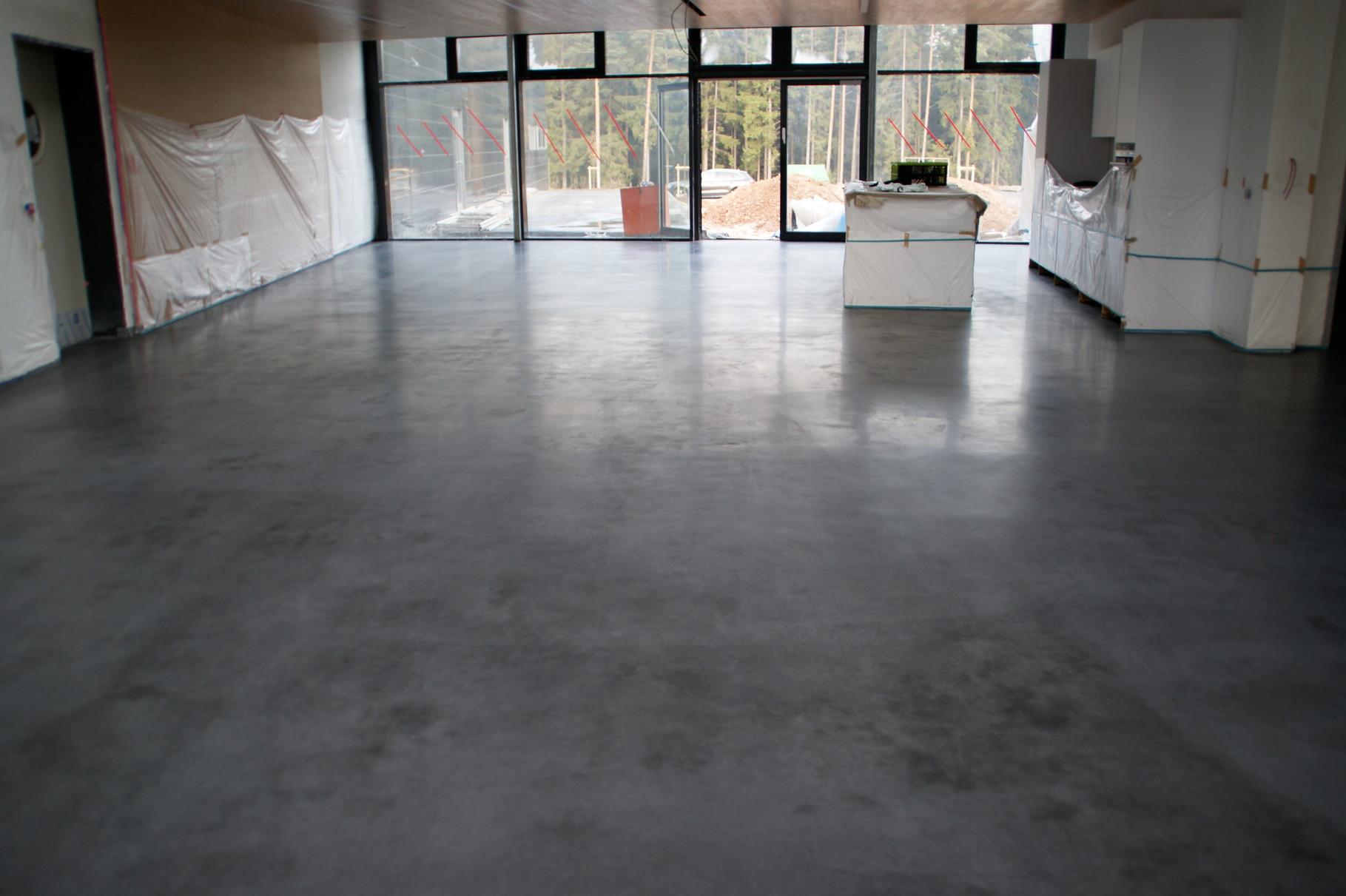 designestrichb den polierte betonb den industrieestriche in terrazzo optik magnesiaestriche. Black Bedroom Furniture Sets. Home Design Ideas