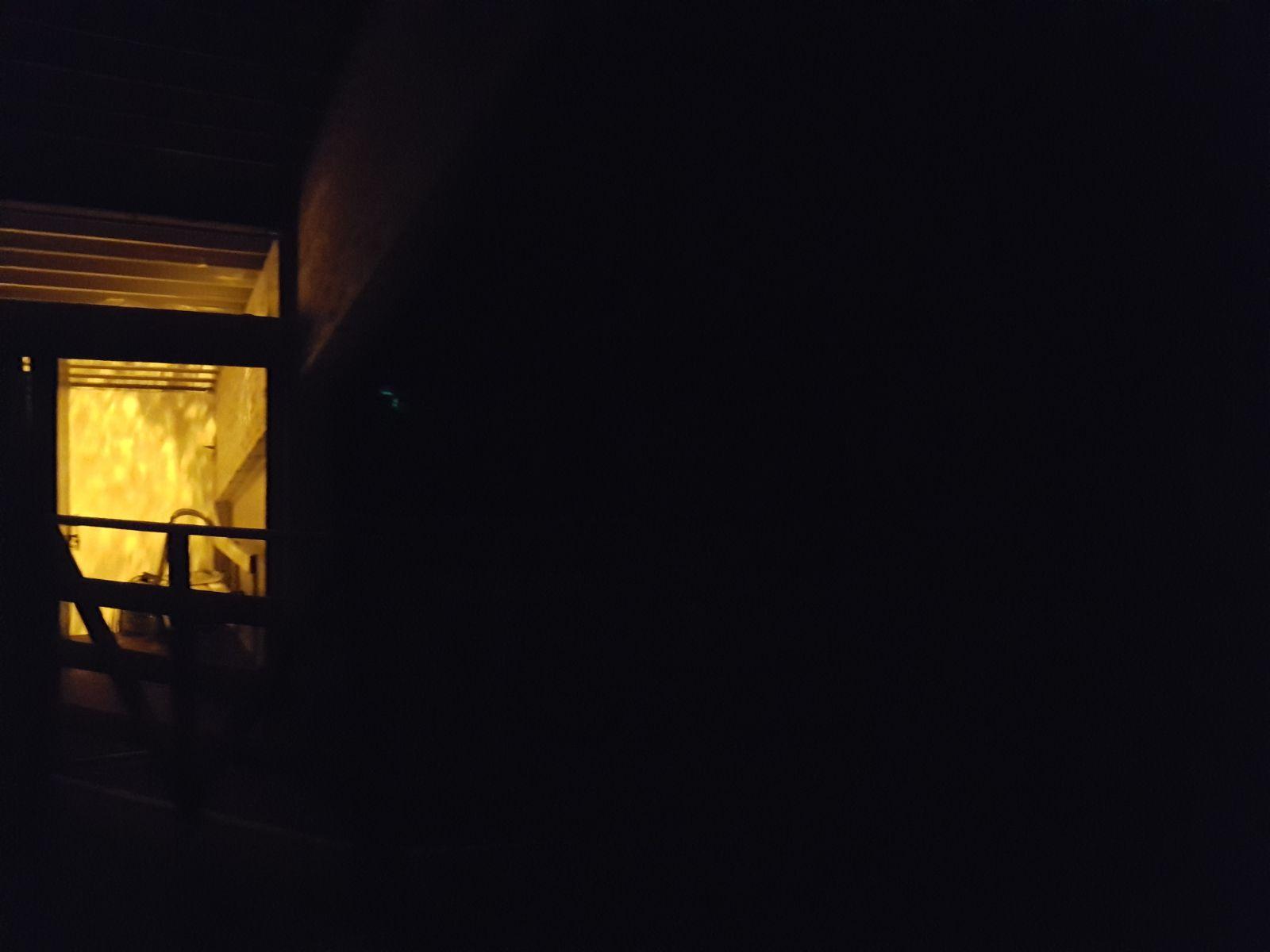 Simulation eines Zimmerbrandes samt Türöffnung