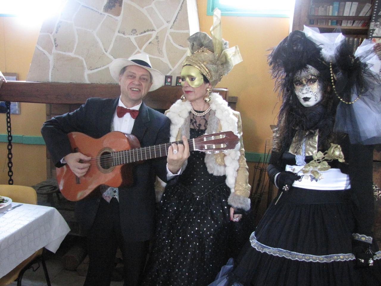 Américo , Nicole et Christelle.