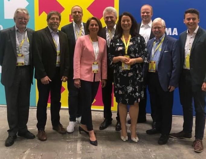 Die Delegierten des FDP-Kreisverbands Rhein-Sieg auf dem Bundesparteitag der Freien Demokraten in Berlin