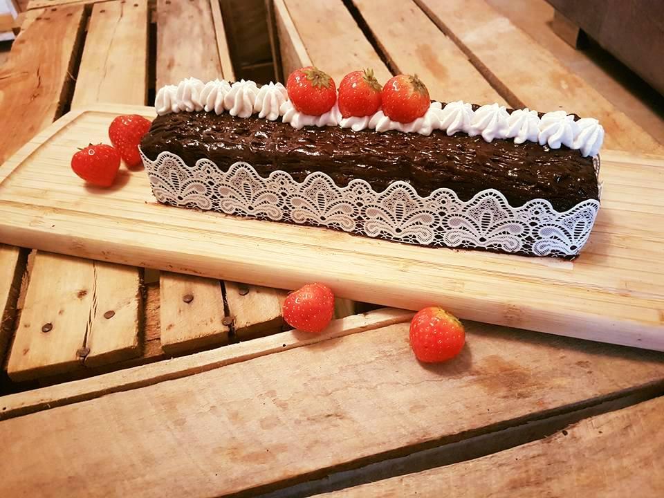 Bûche fraise chocolat