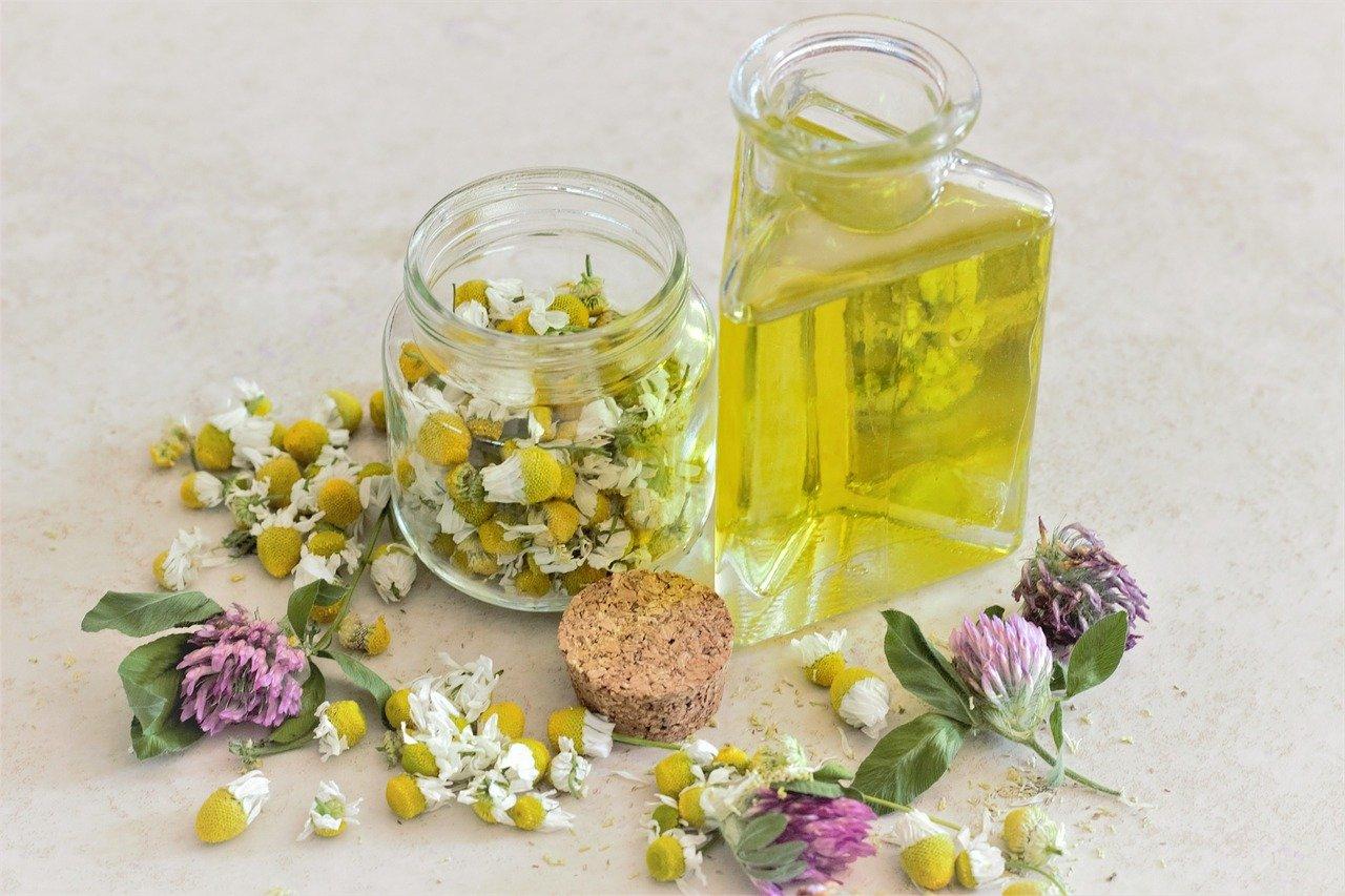 huile essentielle, huiles essentielles, naturopathie, santé, bien être