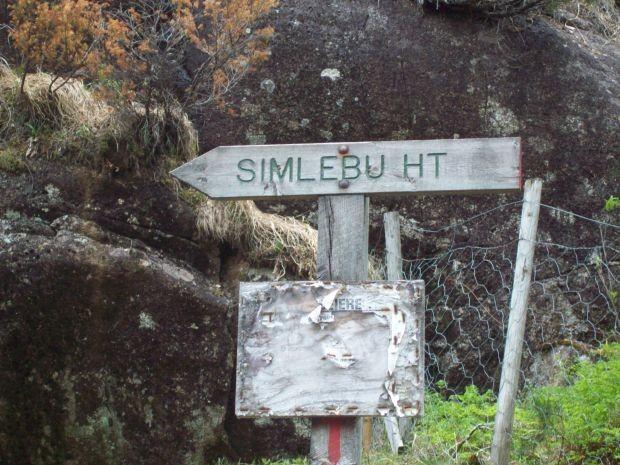 von hier aus kann man hoch zum Simlebu wandern...