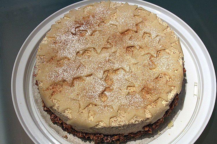 Marzipan-Nusscreme-Torte eine Idee für Weihnachten...