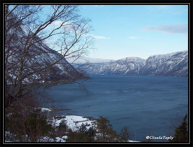 Blick auf den den Eidfjord...
