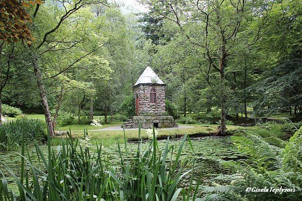 verwunschene Ecken im Schlosspark...