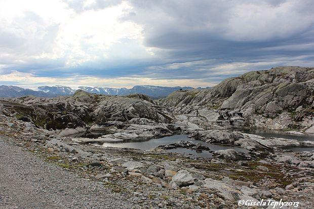 Stille und eine fantastische Natur empfängt einen hier oben...