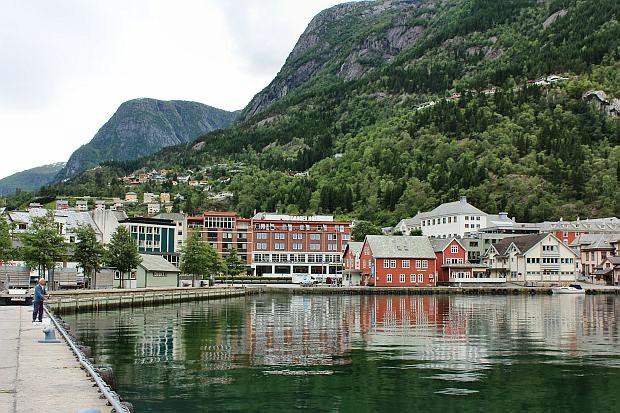 Blick auf das neue Hardanger Hotel...