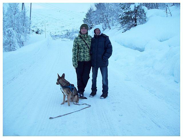 mein Mann unser Hund Kira und ich..