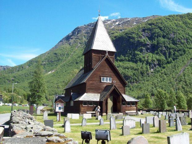 Stabkirche in Røldal
