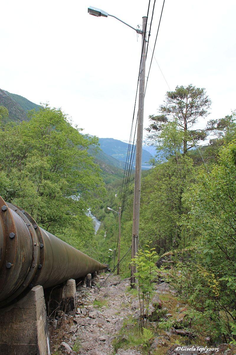 Wanderweg entlang der Pipeline...